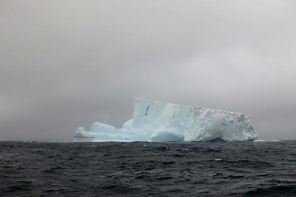Passage du Drake - Premier iceberg